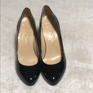 Jessica Simpson Shoes - Black shiny pumps